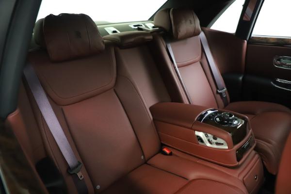 Used 2016 Rolls-Royce Ghost for sale $169,900 at Alfa Romeo of Westport in Westport CT 06880 16
