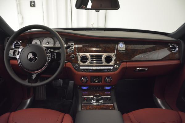 Used 2016 Rolls-Royce Ghost for sale $169,900 at Alfa Romeo of Westport in Westport CT 06880 17