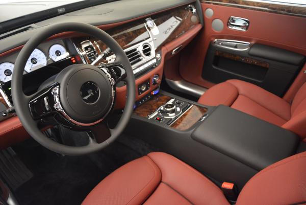 Used 2016 Rolls-Royce Ghost for sale $176,900 at Alfa Romeo of Westport in Westport CT 06880 24