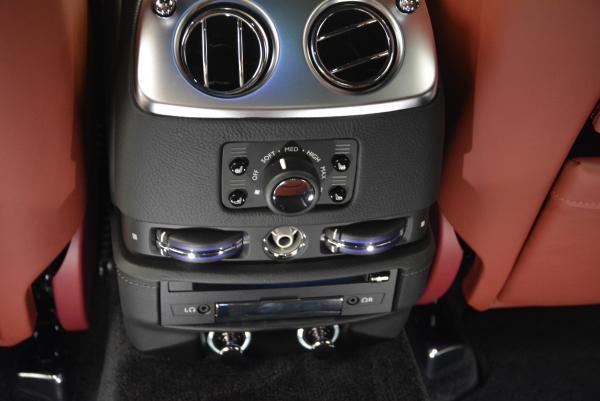 Used 2016 Rolls-Royce Ghost for sale $169,900 at Alfa Romeo of Westport in Westport CT 06880 28