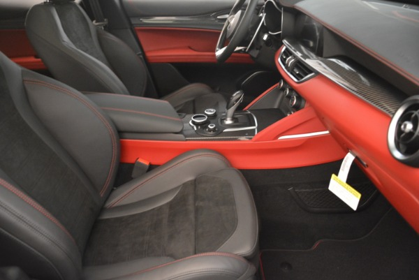 New 2018 Alfa Romeo Stelvio Quadrifoglio for sale Sold at Alfa Romeo of Westport in Westport CT 06880 21