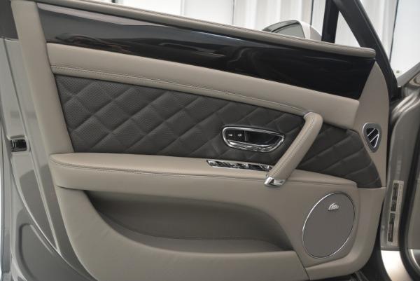 Used 2017 Bentley Flying Spur V8 S for sale $139,900 at Alfa Romeo of Westport in Westport CT 06880 17