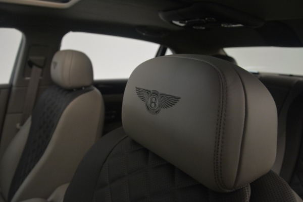 Used 2017 Bentley Flying Spur V8 S for sale $139,900 at Alfa Romeo of Westport in Westport CT 06880 21