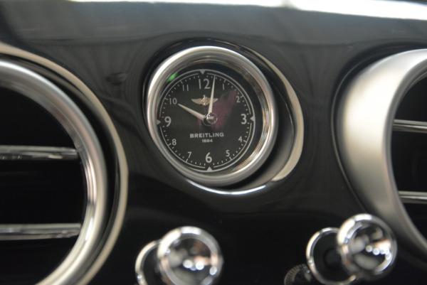 Used 2017 Bentley Flying Spur V8 S for sale $139,900 at Alfa Romeo of Westport in Westport CT 06880 22