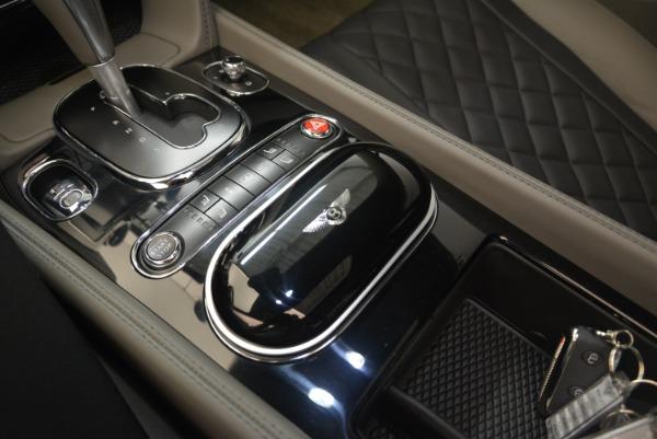 Used 2017 Bentley Flying Spur V8 S for sale $139,900 at Alfa Romeo of Westport in Westport CT 06880 23