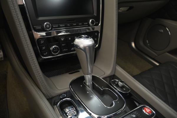 Used 2017 Bentley Flying Spur V8 S for sale $139,900 at Alfa Romeo of Westport in Westport CT 06880 25