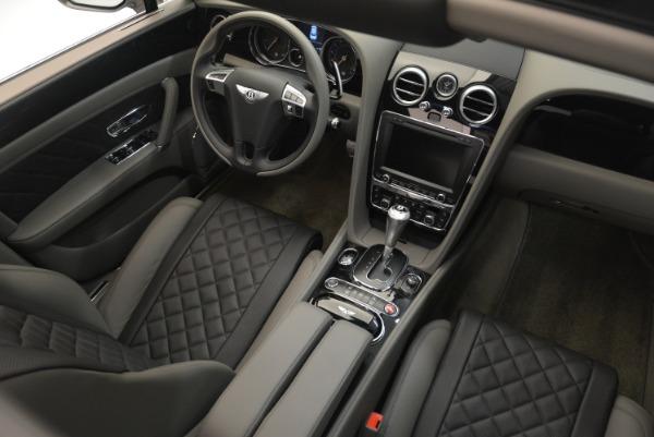 Used 2017 Bentley Flying Spur V8 S for sale $139,900 at Alfa Romeo of Westport in Westport CT 06880 26
