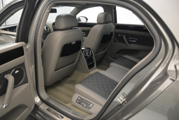 Used 2017 Bentley Flying Spur V8 S for sale $139,900 at Alfa Romeo of Westport in Westport CT 06880 27