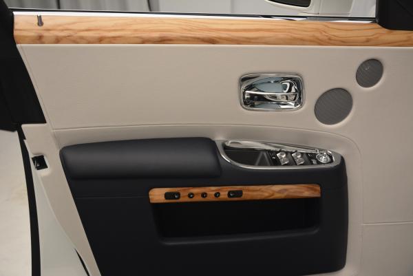 Used 2016 Rolls-Royce Ghost Series II for sale Sold at Alfa Romeo of Westport in Westport CT 06880 17