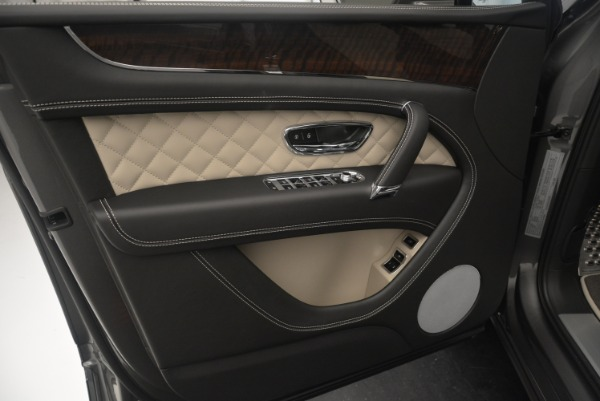 Used 2018 Bentley Bentayga Activity Edition for sale $154,900 at Alfa Romeo of Westport in Westport CT 06880 16