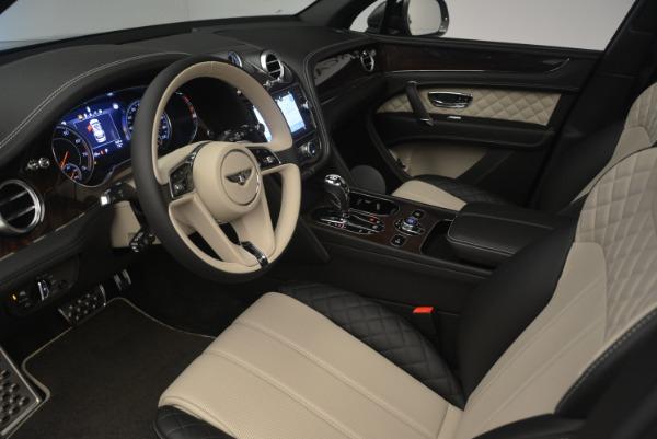 Used 2018 Bentley Bentayga Activity Edition for sale $154,900 at Alfa Romeo of Westport in Westport CT 06880 17