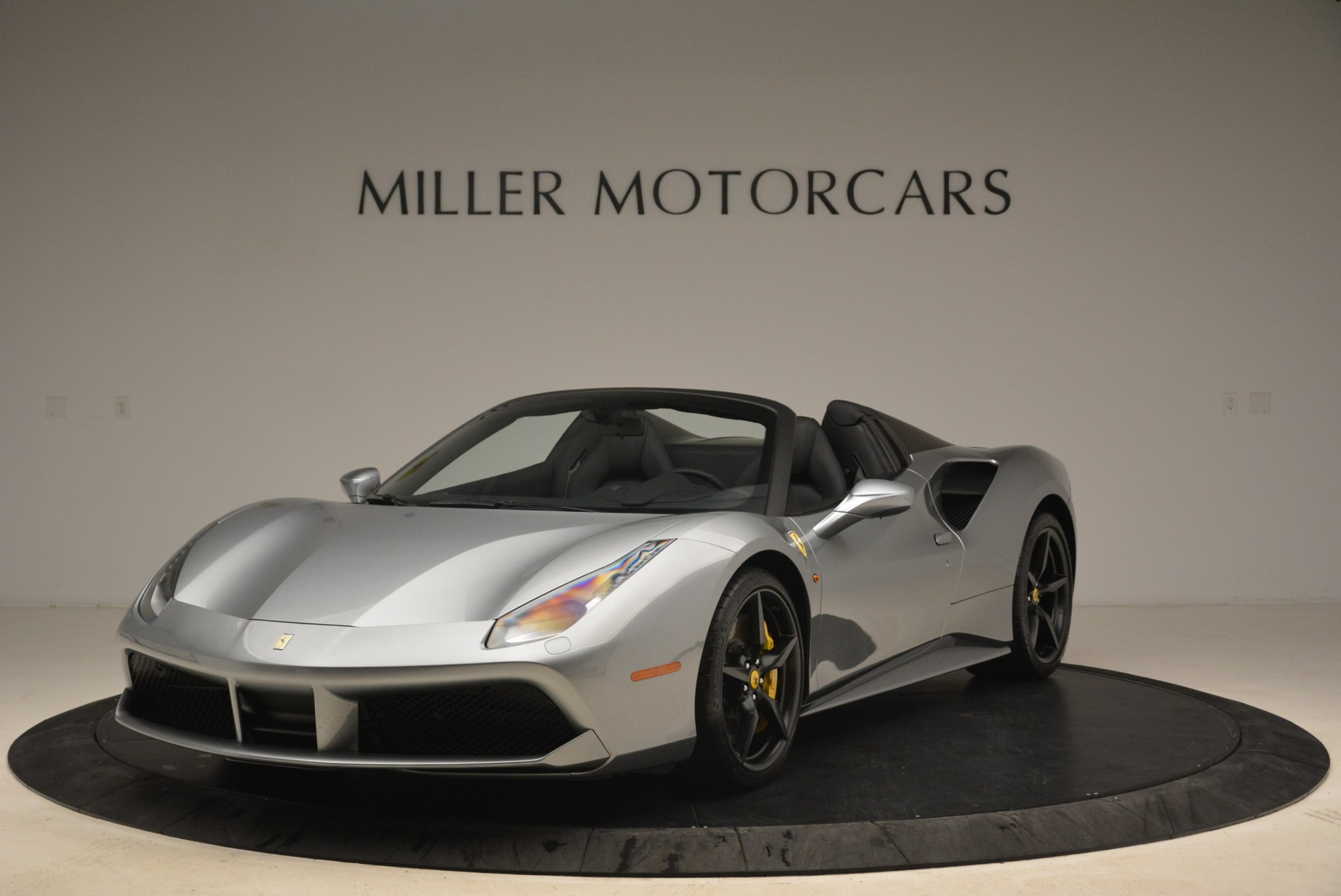 Used 2018 Ferrari 488 Spider for sale $279,900 at Alfa Romeo of Westport in Westport CT 06880 1