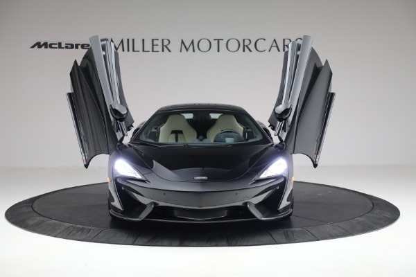 New 2018 McLaren 570S Spider for sale Sold at Alfa Romeo of Westport in Westport CT 06880 21