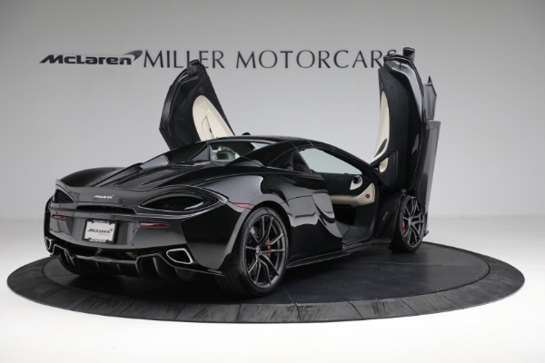 New 2018 McLaren 570S Spider for sale Sold at Alfa Romeo of Westport in Westport CT 06880 26