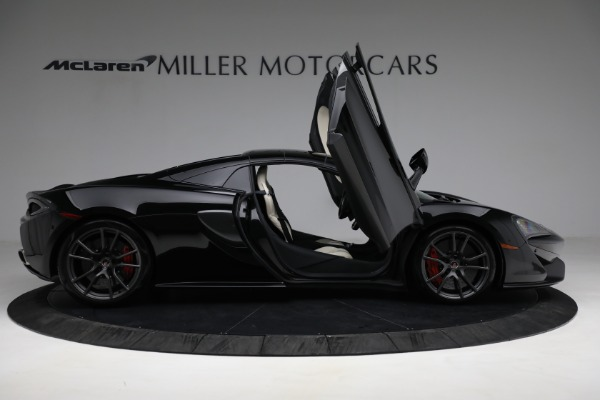 New 2018 McLaren 570S Spider for sale Sold at Alfa Romeo of Westport in Westport CT 06880 27