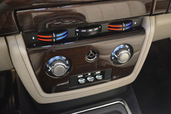 Used 2014 Rolls-Royce Phantom Drophead Coupe for sale Sold at Alfa Romeo of Westport in Westport CT 06880 27