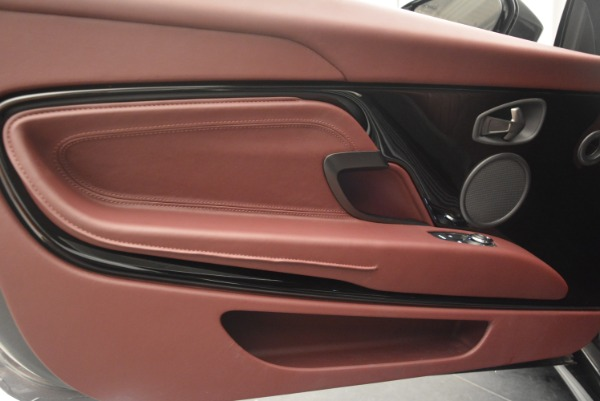 Used 2018 Aston Martin DB11 V12 for sale $167,990 at Alfa Romeo of Westport in Westport CT 06880 17