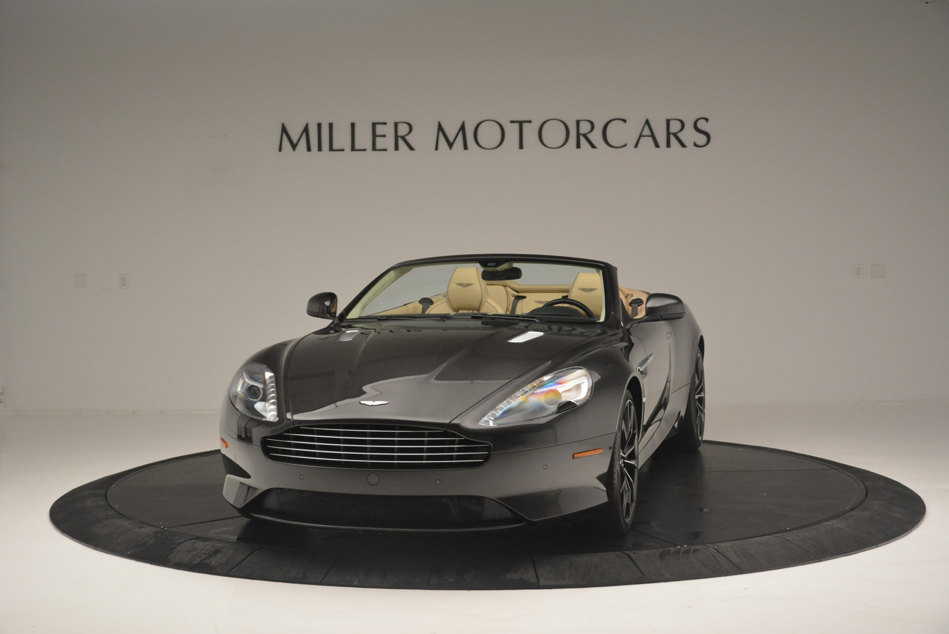 Used 2016 Aston Martin DB9 GT Volante for sale Sold at Alfa Romeo of Westport in Westport CT 06880 1