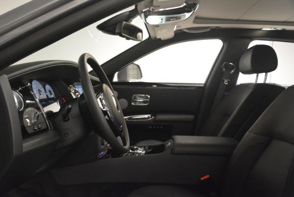 Used 2012 Rolls-Royce Ghost for sale Sold at Alfa Romeo of Westport in Westport CT 06880 13