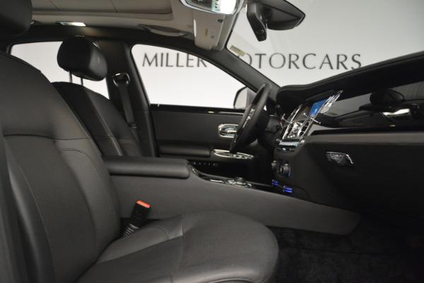 Used 2012 Rolls-Royce Ghost for sale Sold at Alfa Romeo of Westport in Westport CT 06880 24