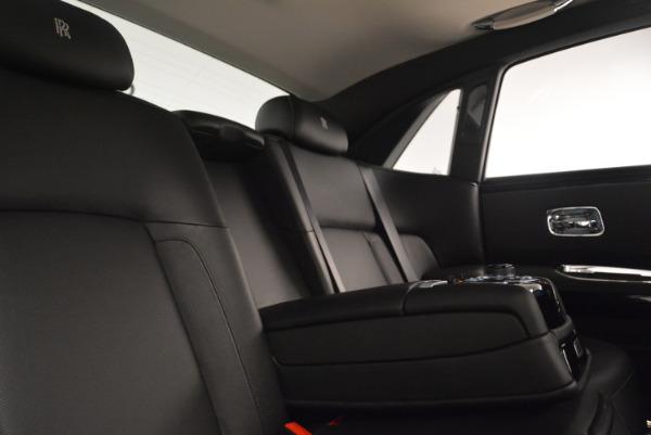 Used 2012 Rolls-Royce Ghost for sale Sold at Alfa Romeo of Westport in Westport CT 06880 27