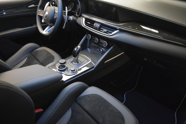 New 2018 Alfa Romeo Stelvio Quadrifoglio Quadrifoglio for sale Sold at Alfa Romeo of Westport in Westport CT 06880 20
