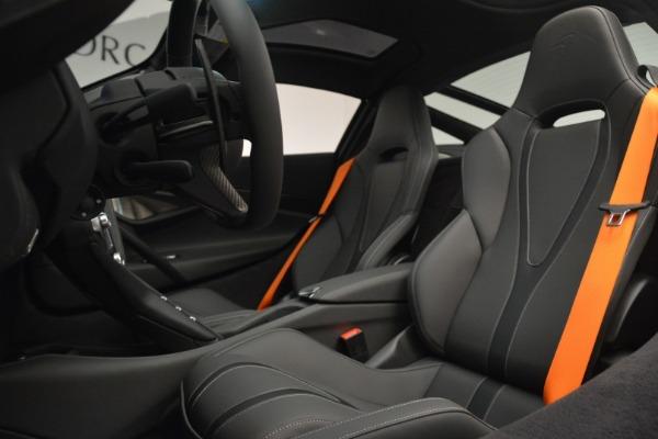 Used 2019 McLaren 720S Coupe for sale Sold at Alfa Romeo of Westport in Westport CT 06880 18