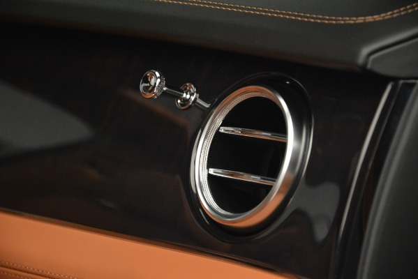 Used 2019 Bentley Bentayga V8 for sale Sold at Alfa Romeo of Westport in Westport CT 06880 21