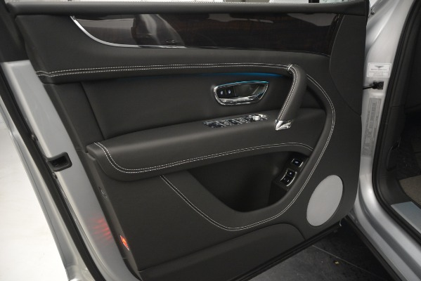 Used 2019 Bentley Bentayga V8 for sale Sold at Alfa Romeo of Westport in Westport CT 06880 16