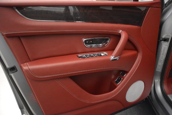 Used 2019 Bentley Bentayga V8 for sale Call for price at Alfa Romeo of Westport in Westport CT 06880 16