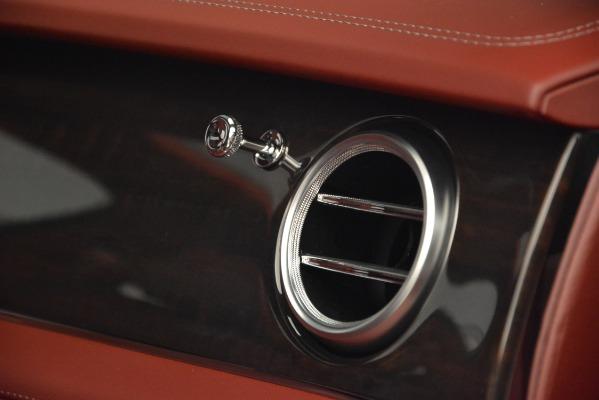 Used 2019 Bentley Bentayga V8 for sale Call for price at Alfa Romeo of Westport in Westport CT 06880 23