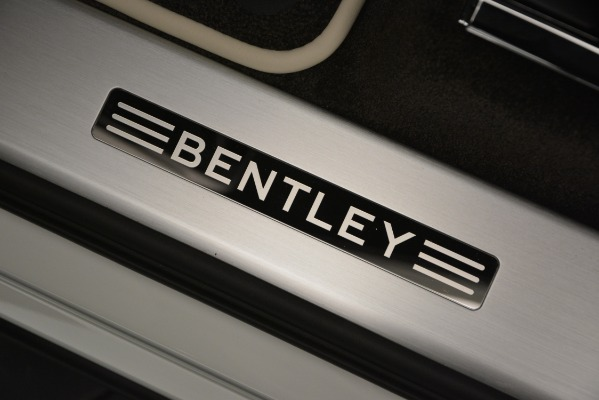 New 2019 Bentley Bentayga V8 for sale Sold at Alfa Romeo of Westport in Westport CT 06880 17