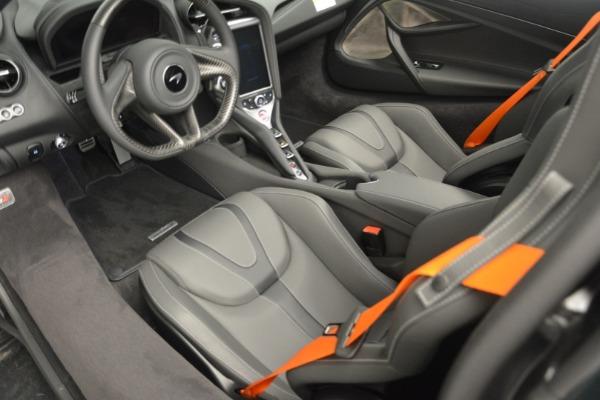 New 2019 McLaren 720S Coupe for sale $344,340 at Alfa Romeo of Westport in Westport CT 06880 18
