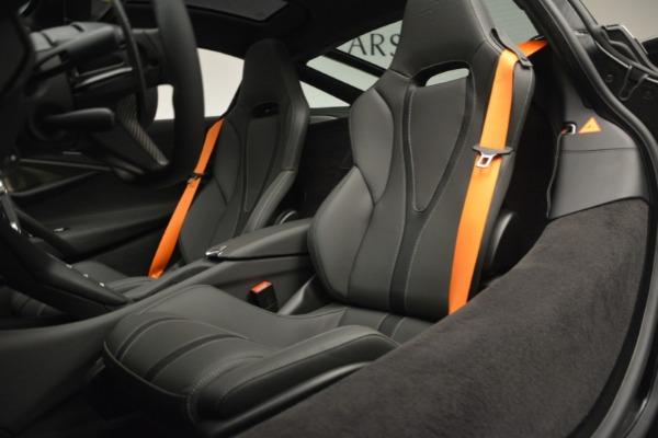New 2019 McLaren 720S Coupe for sale $344,340 at Alfa Romeo of Westport in Westport CT 06880 20