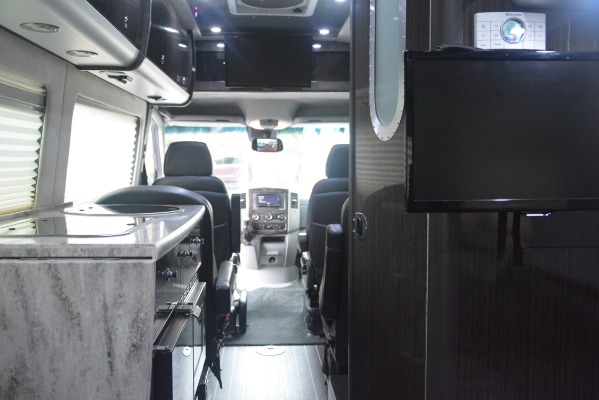 Used 2014 Mercedes-Benz Sprinter 3500 Airstream Lounge Extended for sale Sold at Alfa Romeo of Westport in Westport CT 06880 22