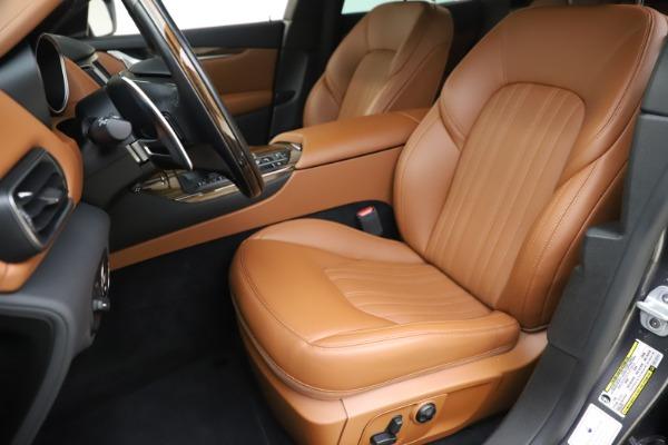 Used 2019 Maserati Levante Q4 GranLusso for sale Sold at Alfa Romeo of Westport in Westport CT 06880 15