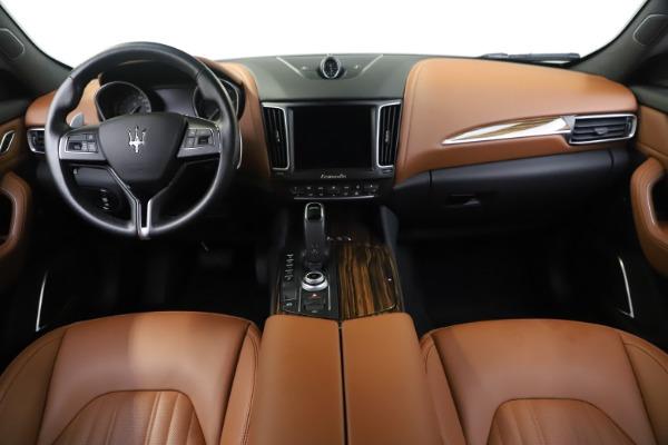 Used 2019 Maserati Levante Q4 GranLusso for sale Sold at Alfa Romeo of Westport in Westport CT 06880 16