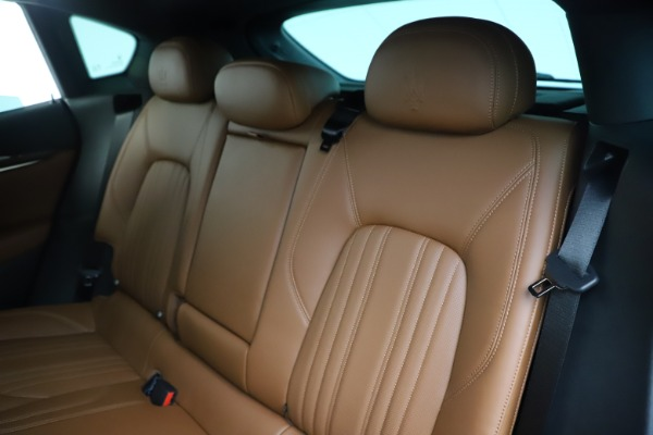 Used 2019 Maserati Levante Q4 GranLusso for sale Sold at Alfa Romeo of Westport in Westport CT 06880 18