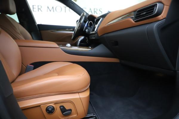 Used 2019 Maserati Levante Q4 GranLusso for sale Sold at Alfa Romeo of Westport in Westport CT 06880 23