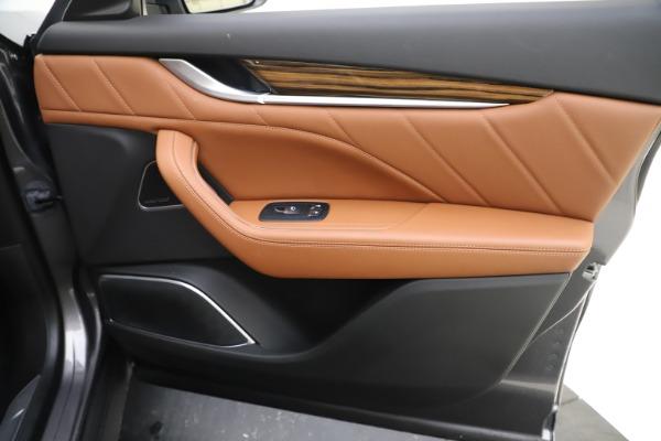 Used 2019 Maserati Levante Q4 GranLusso for sale Sold at Alfa Romeo of Westport in Westport CT 06880 25
