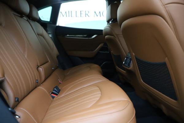 Used 2019 Maserati Levante Q4 GranLusso for sale Sold at Alfa Romeo of Westport in Westport CT 06880 27