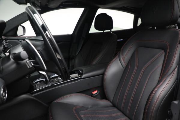 Used 2019 Maserati Quattroporte S Q4 GranLusso for sale $68,900 at Alfa Romeo of Westport in Westport CT 06880 16