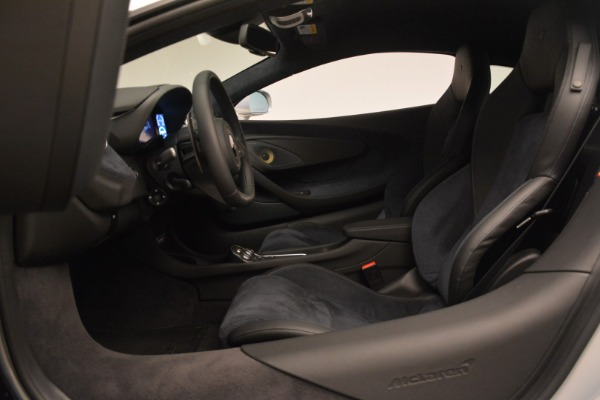 Used 2017 McLaren 570S Coupe for sale Sold at Alfa Romeo of Westport in Westport CT 06880 16