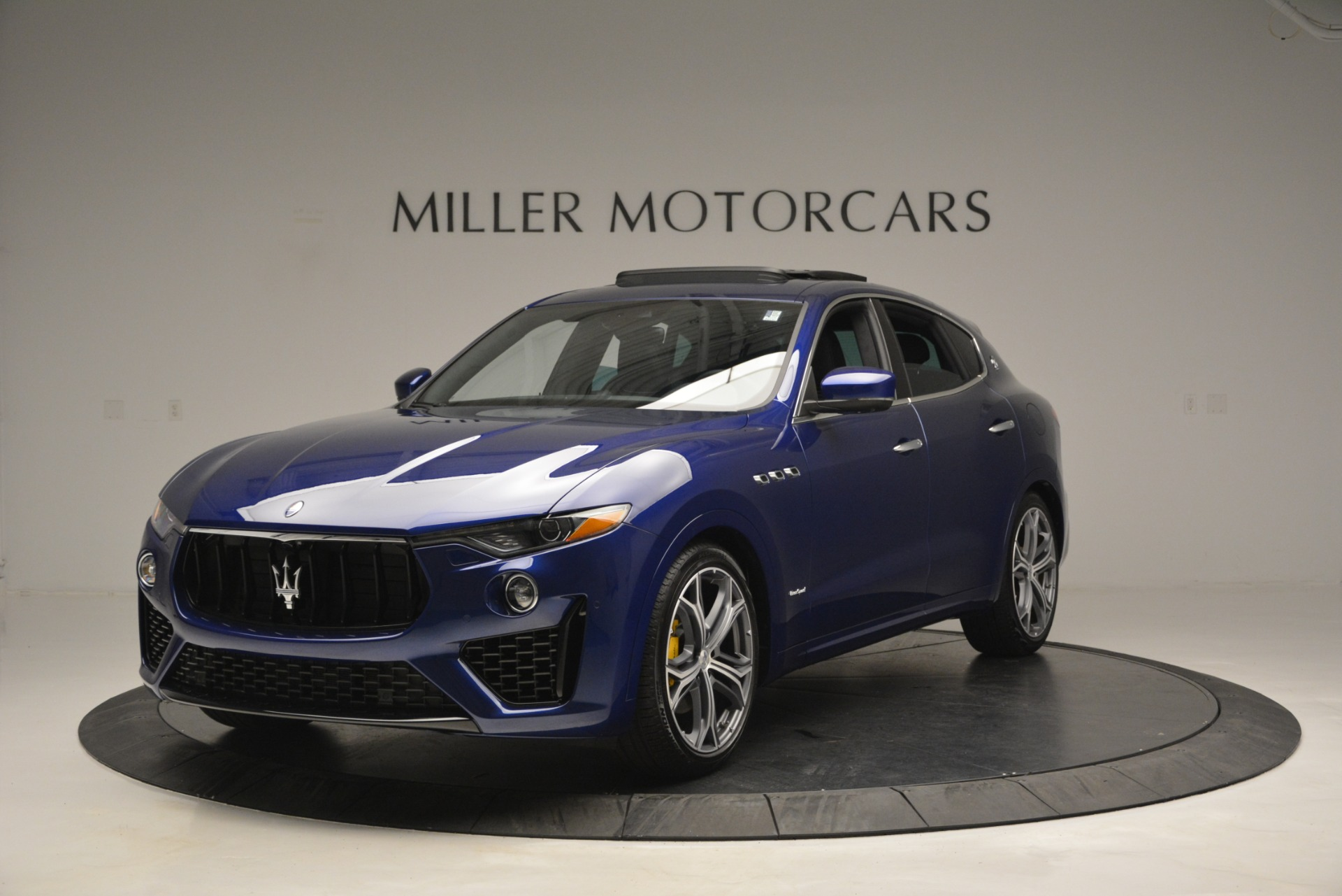 New 2019 Maserati Levante Q4 GranSport for sale $90,370 at Alfa Romeo of Westport in Westport CT 06880 1