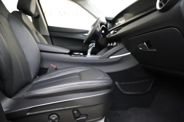 Used 2019 Alfa Romeo Stelvio Q4 for sale Sold at Alfa Romeo of Westport in Westport CT 06880 23