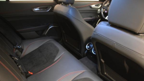 Used 2017 Alfa Romeo Giulia Quadrifoglio for sale Sold at Alfa Romeo of Westport in Westport CT 06880 24