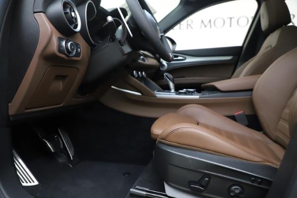New 2019 Alfa Romeo Stelvio Ti Sport Q4 for sale Sold at Alfa Romeo of Westport in Westport CT 06880 14