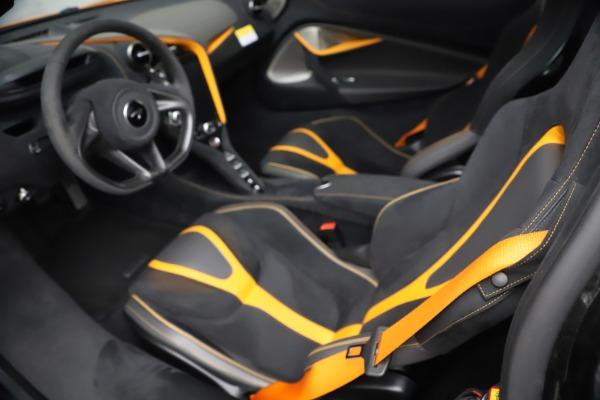 Used 2019 McLaren 720S Performance for sale $309,990 at Alfa Romeo of Westport in Westport CT 06880 27