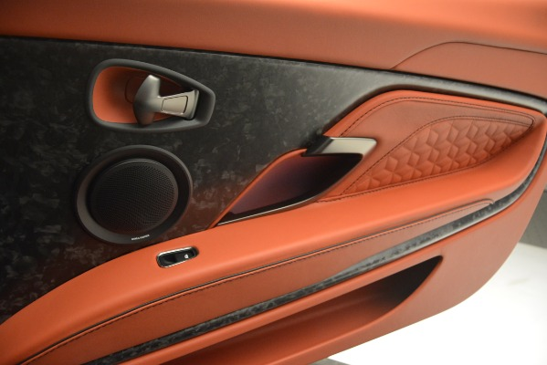 Used 2019 Aston Martin DBS Superleggera Coupe for sale $265,900 at Alfa Romeo of Westport in Westport CT 06880 25