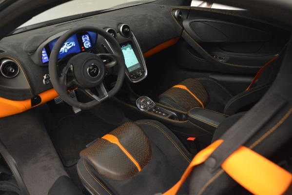 Used 2017 McLaren 570S Coupe for sale Sold at Alfa Romeo of Westport in Westport CT 06880 15